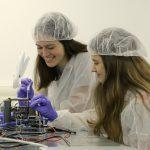 תלמידות האולפנה ישגרו לווין לחלל